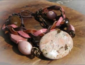 pink_and_brown_bracelet3-5394_0